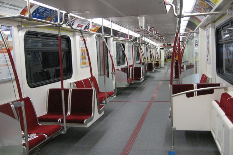 درب اتوماتیک راه آهن ها و مترو ها